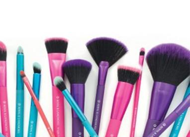Royal & Langnickel- Moda Brushes